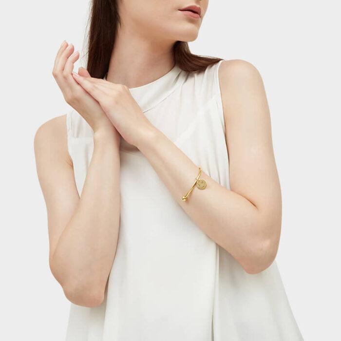 Model Gold Barbell Cuff