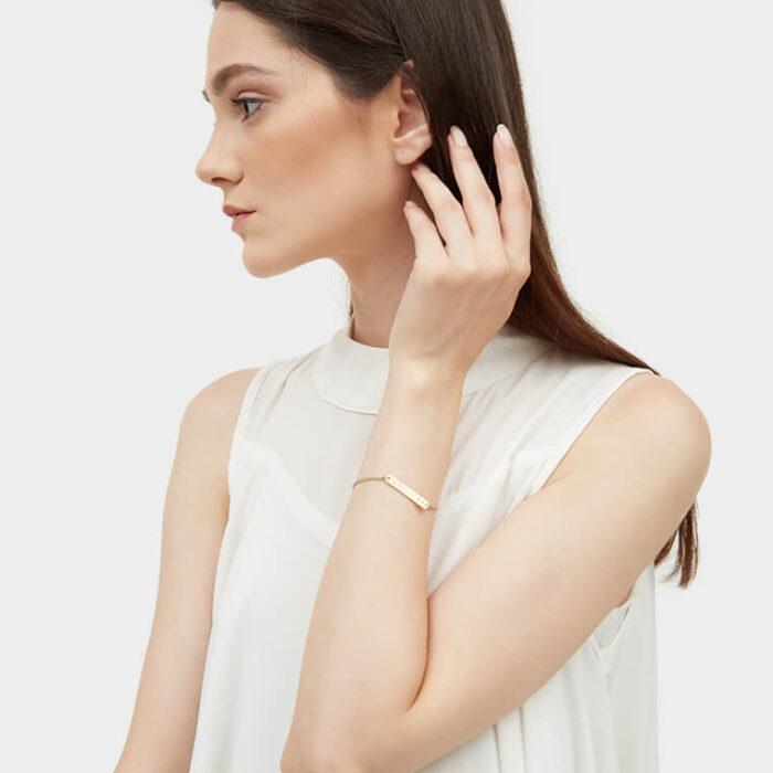 Model gold bar bracelet