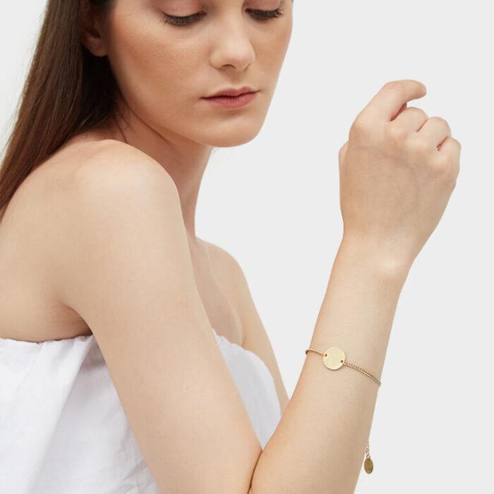 model gold 15mm coin bracelet