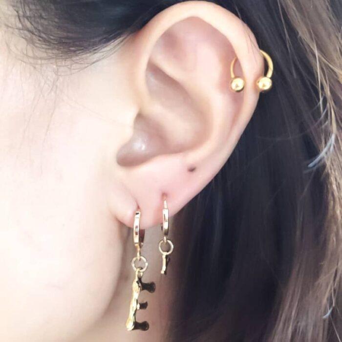 ear huggies